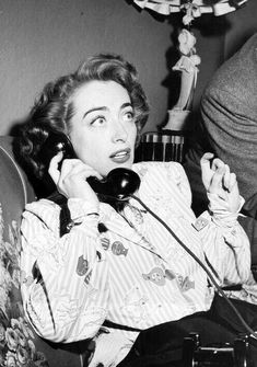Her friend is on the other line like Joan what'd he do girl? Joan Crawford, Old Hollywood Movies, Classic Hollywood, Celebrity Feuds, Douglas Fairbanks, Myrna Loy, Hooray For Hollywood, Jean Harlow, Classic Actresses