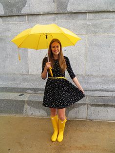 Yellow Wellies, Yellow Rain Boots, Wellies Rain Boots, Hunter Wellies, Snow Boots, Rainy Day Outfit For Spring, Rainy Day Fashion, Fall Winter Outfits, Summer Outfits