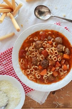 Spaghetti Ring & Meatball Soup