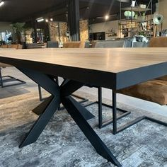 Massief eiken tafel Black Edge Dining Table, Furniture, Design, Home Decor, Decoration Home, Room Decor, Dinner Table, Home Furnishings