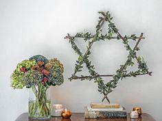 Host a Boho Chic Hanukkah Party Incorporate Hanukkah traditions, but with a twist. Mix things up with bold color pairings Hanukkah Diy, Feliz Hanukkah, How To Celebrate Hanukkah, Hanukkah Decorations, Hannukah, Happy Hanukkah, Hanukkah 2019, Hanukkah Traditions, Jewish Crafts