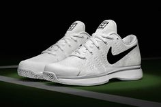 Nike Supports Roger Federer For Wimbledon With New Flyknit-Based Nike Zoom : Nike releases the first-ever Flyknit-based Nike Zoom Vapor Tour Mode Tennis, Wimbledon 2016, Air Max Sneakers, Sneakers Nike, Sneaker Magazine, Roger Federer, Nike Zoom, Nike Sportswear, Designer Shoes