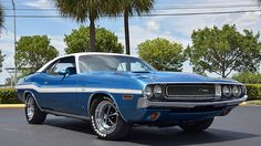 Dodge: Challenger RT 1970 dodge challenger r t 440 ci 390 hp 6 pack automatic hood pins rally instrument Dodge Magnum, Dodge Challenger, Plymouth Muscle Cars, Pony Car, Dodge Charger, Mopar, Vintage Cars, Race Cars, Dream Cars