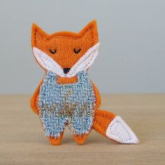 Fab!  fox brooch by fibrespace | notonthehighstreet.com