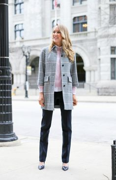 Pink and Navy Glen Plaid Coat and Pale Pink Cableknit - The Classy Cubicle // Powered by chloédigital Preppy Style, My Style, Classic Style, Classy Cubicle, Glen Plaid, Office Fashion Women, Plaid Coat, Office Outfits, Office Wear