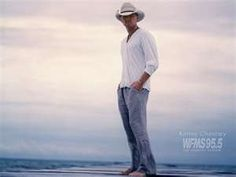Kenny Chesney, I love my country men :) Country Artists, Country Singers, Country Music, Country Men, Country Girls, Kinds Of Music, Music Love, Kenney Chesney, Parks And Recreation