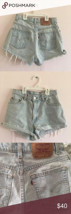 🍒VINTAGE LEVIS CUTOFF SHORTS 26/27 🍒 Vintage denim Levi's shorts 💜💜 super cute. Light Wash🍒 negotiable 😉 Levi's Shorts Jean Shorts
