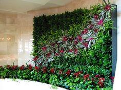 25 Vertical Gardens