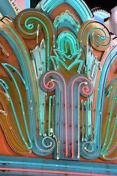 Neon Chroma - Love the Deco Lights Arabesque, Neon Moon, Vintage Neon Signs, Neon Nights, Sign Lighting, Neon Light Signs, Old Signs, Neon Colors, Oeuvre D'art