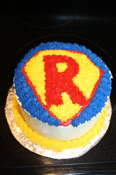 Superhero cake by Cupcake Bliss