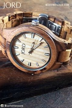 Turn your style ever so slightly to the wild side with JORD's Fieldcrest in intricately grained Zebrawood. The simple face and band let the wood shine, adding a natural spark to your unique look!