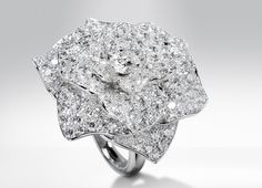 """La collezione 2013 di Piaget Rose @ Kristen.  I always think of you when I see """"The Rose"""""""