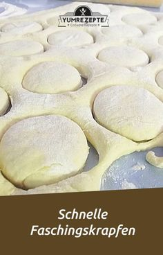 Ingredients 500 g flour 30 g yeast ¼ liter milk 4 egg yolks 60 g sugar 60 g bu . - Ingredients 500 g flour 30 g yeast ¼ liter milk 4 egg yolks 60 g sugar 60 g butter 1 pinch (s) sal - Easy Cupcake Recipes, Donut Recipes, Egg Recipes, Fast Recipes, Beignets, Healthy Salad Recipes, Smoothie Recipes, Maila, Bbq Pitmasters