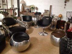 """Résultat de recherche d'images pour """"table ronde aviateur"""" Style Loft, Design Vintage, Decoration Design, Nespresso, Images, Kitchen Appliances, Table, Collection, Home"""