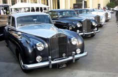 PIN080_PARADE OF CLASSIC ROLLS ROYCE IN SHANGHAI