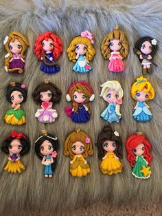 Set of princess new look clay edition 3 pendant- scrapbooking- polymer clay- princesses clay- bow embellishment