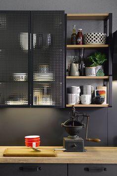 Stylé, ce meuble de rangements esprit bistro pour la cuisine