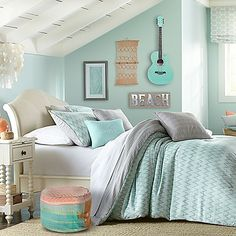 Bring a fashionable flair to your bedroom with the lively Wendy Bellissimo Malibu Cove Reversible Comforter Set. Dressed in a soft aqua textured chevron pattern with hints of grey and white, the vibrant bedding adds a trendy touch to any room's décor.