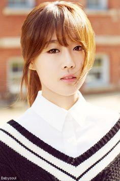 Name: Soojung Lee Member Name Stage: Baby Soul of: Lovelyz Leader Birthdate: 06.07.1992