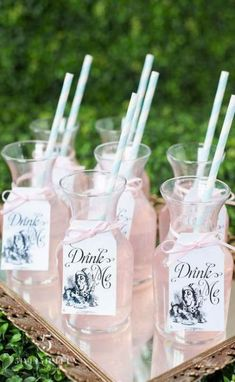"""""""Alice in Wonderland"""" themed refreshments for a bridal shower….ive always wanted an alice tea party Alice Tea Party, Tea Party Theme, Disney Bridal Showers, Alice In Wonderland Birthday, Alice In Wonderland Party Ideas, Alice In Wonderland Flowers, Mad Hatter Tea, Mad Hatters Tea Party, Wedding Themes"""