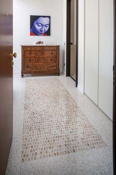 Terrazzo tiles cm. 120x60 in Breccia Oniciata #terrazzoveneziano #terrazzofloor #veneziantica