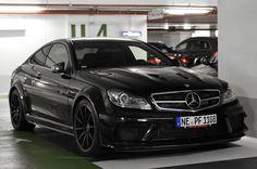 automotivated:    Mercedes-Benz C 63 AMG Coupé Black Series (by ///amg87)