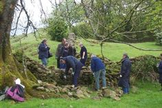 Are you teaching skills and crafts? Use Permaculture Principles to become a better teacher - This group is learning the skills needed to build a dry stone wall. Permaculture Principles, Permaculture Garden, Gardening, Teaching Skills, Teaching Ideas, Homestead Farm, Forest School, Best Teacher
