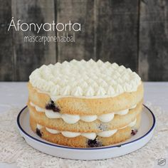 Habkönnyű, krémes és mennyeien finom: Áfonyatorta mascarponehabbal | SweetHome Blueberry Cake, Cakes And More, Cake Cookies, Tiramisu, Photography Ideas, Ethnic Recipes, Sweet, Blog, Candy
