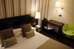 Decoración habitación Hotel,  tipo interior para 1 o 2 personas. HOTEL CONDE DUQUE BILBAO 2016