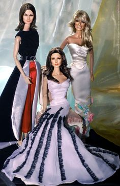 Charlie's Angels barbie dolls - Kate, Jacklyn, Farrah