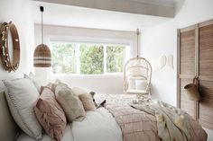 Three Birds Renovations: a white Santorini-style home made for luxury living Australian Homes, Home, Bedroom Inspirations, Home Bedroom, Little Girl Rooms, Three Birds Renovations, Luxury Living, House Interior, Home Renovation
