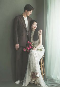 Pre Wedding Poses, Wedding Picture Poses, Funny Wedding Photos, Romantic Wedding Photos, Pre Wedding Photoshoot, Wedding Couples, Korean Wedding Photography, Wedding Couple Poses Photography, Photography Photos