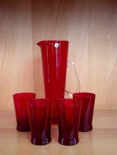 Red Glass, Glass Art, Lassi, Kitchen Dinning, Scandinavian Art, Antique Glass, Kitchen Gadgets, Rainbow Colors, Finland