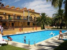 Hotel La Barca Lepe La Barca Hotel is located in Huelva's La Barca Valley, next to the protected Del Piedra Wetlands. It offers an outdoor swimming pool, garden and free public Wi-Fi.  Each room at La Barca has a private balcony or terrace and a TV.