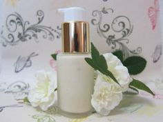 How to Make Lotion Instructions to Make Homemade Lotion with Step by Step Tutorial makes it easy.Make DIY lotion at home. Ingredients for Lotion are simple Skin Care Regimen, Skin Care Tips, Skin Tips, Facial Lotion, Honey Face Mask, Face Routine, Diy Lotion, Sensitive Skin Care, Skin Mask