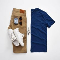 T-Shirt and Jeans, Mott and Bow, Mercer, Khaki Slim - Mercer - Khaki - Slim - Jeans - Pants - Mens Stylish Mens Outfits, Simple Outfits, Cool Outfits, Casual Outfits, Men Casual, Fashion Outfits, Trajes Business Casual, Steve Mcqueen Style, Denim Jeans Men