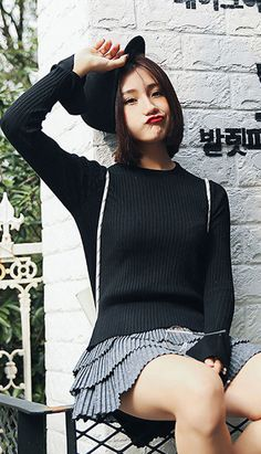 Fashiontroy Street style long sleeves crew neck black ribbed-knit solid color sweater