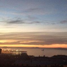La prueba de que aquí aún hay algo de sol  Pero éste se despide sobre las Islas Cíes #atardecer #sunset