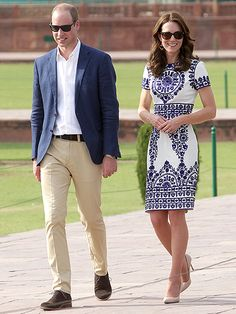 Princess Kate Wears $7 Souvenir Stall Earrings During Romantic Visit to the Taj Mahal with Prince William http://www.people.com/people/package/article/0,,20395222_21000752,00.html