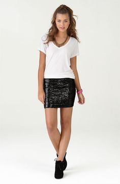 I want this skirt now :)