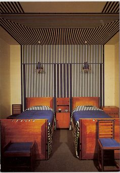 Guest Bedroom designed for 78 Derngate, Northampton. In the United Kingdom Art Nouveau developed out of the Arts and Crafts Movement. The most important centre in Britain was Glasgow with the creations of Charles Rennie Mackintosh. Charles Rennie Mackintosh, Art Nouveau, Art Deco, Interior Exterior, Interior Architecture, Room Photo, Vintage Interiors, Guest Bedrooms, Bedroom Bed