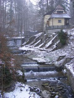 Peisaj de iarna - Sinaia, Romania Beautiful Landscapes, Beautiful Images, Travel List, Adolescence, European Travel, Natural Wonders, Country Life, Traveling By Yourself, Castle