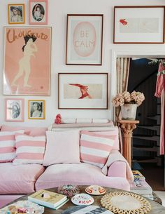 House Tour :: A Romantic Eclectic Home With Happy Shabby Chic Style - coco kelley coco kelley Wooden Lockers, Pink Tiles, Striped Cushions, London House, Designers Guild, Shabby Chic Style, Displaying Collections, White Walls, Decoration