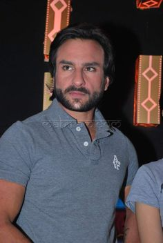 saif ali khan Saif Ali Khan, Men's Fashion, Fashion Outfits, Kareena Kapoor Khan, Workout Plans, Bollywood Actors, Style Men, Mens Clothing Styles, Evergreen