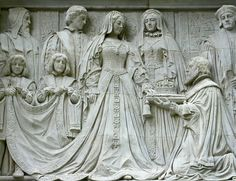 Frieze depicting Lady Jane Grey accepting the English crown. At Middlesex Guildhall, London.