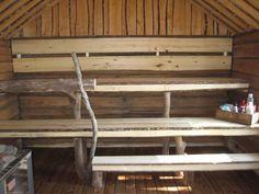 Tytin ja Mikon sauna rakentui omin voimin.