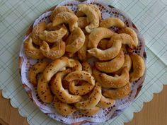 Bread Recipes, Cooking Recipes, Ciabatta, Onion Rings, Shrimp, Food And Drink, Appetizers, Pizza, Meals