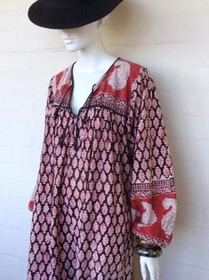 VINTAGE INDIAN DRESS Fashion Photo, Boho Fashion, Spring Fashion, Vintage Fashion, Quoi Porter, Indian Prints, Vintage Hippie, Indian Dresses, Different Styles