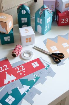 Surprise yourself or your loved ones with new gifts every day! This unique DIY Christmas Advent Calendar contains 25 boxes, a template for coupons and a manual. All you need is a warm drink, good music, scissors, double-sided tape and some cord.