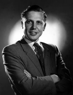 A young Sir David Attenborough David Attenborough Young, Leg Sleeves, Charming Man, People Of Interest, Kinds Of People, Famous Faces, Male Beauty, Natural World, Role Models
